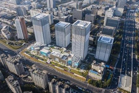 华东一周商业要闻:唯品会南京城市奥莱签订合作框架、杭州天工艺苑再次上架拍卖……