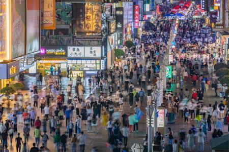 3月社会消费品零售总额为35484亿元 比2019年同期增长12.9%