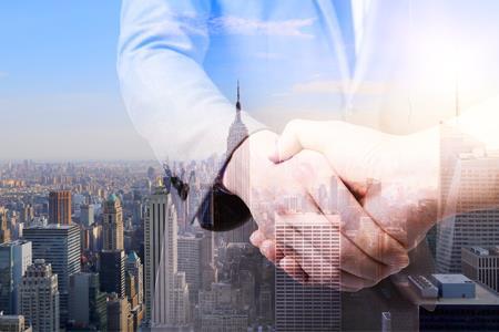 融创拟出资99.1亿与彰泰成立合营公司 将持股80%