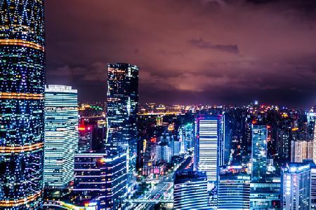 第一太平戴维斯:2021年一季度广州零售物业空置率升至12.7% 租金微降0.6%