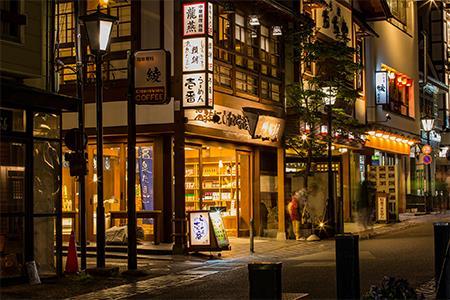 5月日本市场品牌销售额整体下跌 优衣库83家门店暂时关闭
