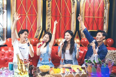 """KTV成为社交""""弃子""""?上半年注册量不及注吊销量"""