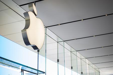 """苹果计划在美国大多数零售店恢复""""佩戴口罩""""规定"""