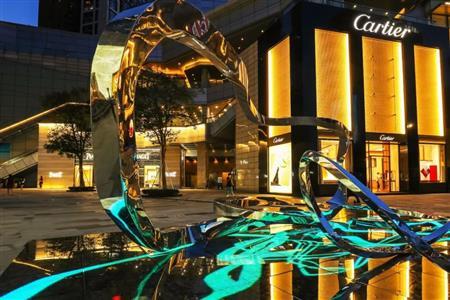 生生如环,万物始新——艺术家周力大型雕塑作品亮相万象城