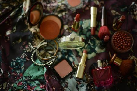 美妆市场加速高端化,留给国货的时间不多了