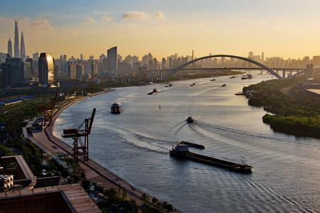 回顾徐汇滨江的前世今生,它为何能成为魔都的商业热土?