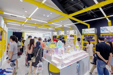 收藏玩具品牌52TOYS完成4亿元C轮融资 预计1年内开设100家直营店